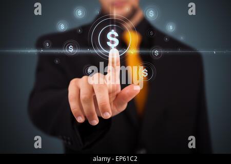 Businessman en appuyant sur les boutons de type moderne des affaires Banque D'Images
