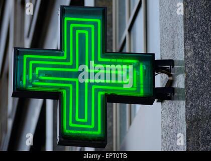 Signe de la pharmacie, de la Croatie. Banque D'Images