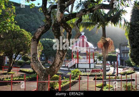 Jardin de Ville de Velas, île de Sao Jorge, Açores, Portugal Banque D'Images