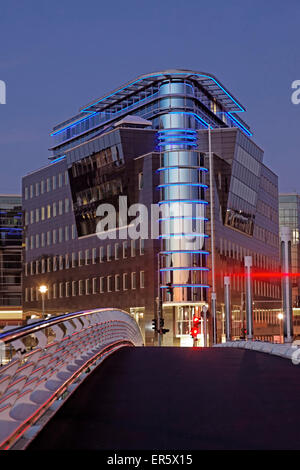 L'architecture moderne, pont Calatrava, Kronprinzenbruecke, Berlin, Allemagne Banque D'Images