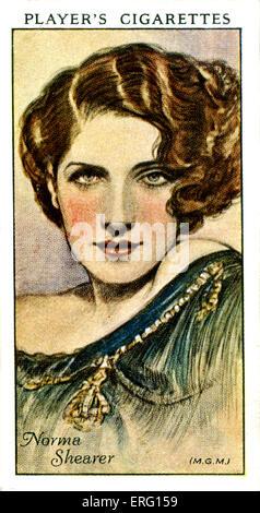 Edith Norma Shearer, actrice canado-américaine. 10 août 1902 - 12 juin 1983. La cigarette du joueur (carte). Banque D'Images