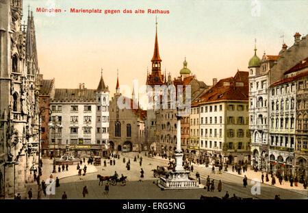 Munich, Allemagne: Marienplatz et l'ancienne mairie (Das Alte Rathaus) Banque D'Images