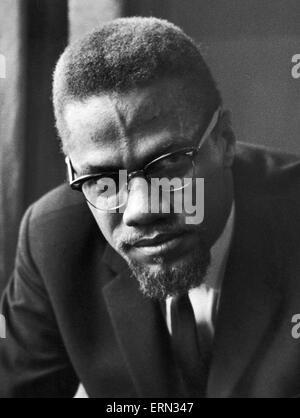 Malcolm X musulmans afro-ministre et militant des droits de l'homme vu ici peu après sa visite à Marshall Street Banque D'Images