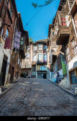 Maisons en bois de style ottoman traditionnel quartier de Fatih, Istanbul, Turquie Banque D'Images