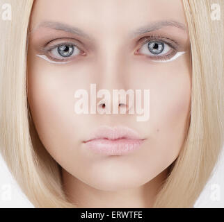 Closeup Portrait of Young Blonde Woman Banque D'Images