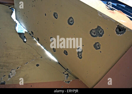 Grenade et balles sur mur à nariman house centre communautaire juif par deccan mujahedeen des terroristes attaquent Banque D'Images
