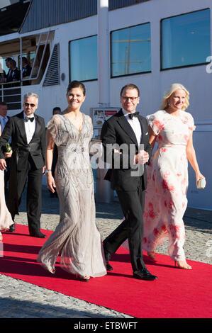 Stockholm, Suède, Juin, 12, 2015. Les clients privés arrive à Strandvagen, Stockholm à bord du navire de l'archipel Banque D'Images