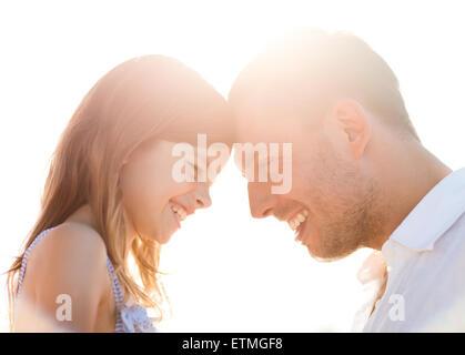 Heureux père et enfant girl having fun Banque D'Images