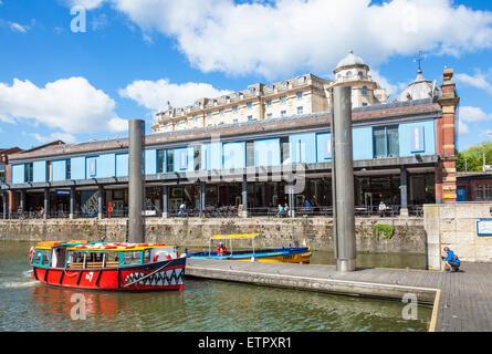 Bassin versant de Bristol et bateau de tourisme du centre-ville de Bristol Bristol Avon England UK GB EU Europe