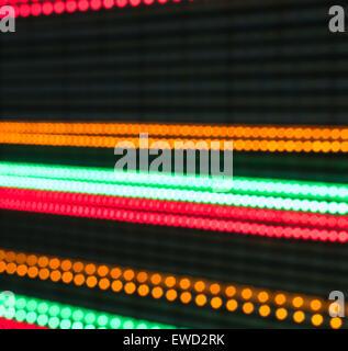 Flou d'arrière-plans de l'aura de l'ampoule lumineuse colorée couleur célébration décoration design continuité diode Banque D'Images