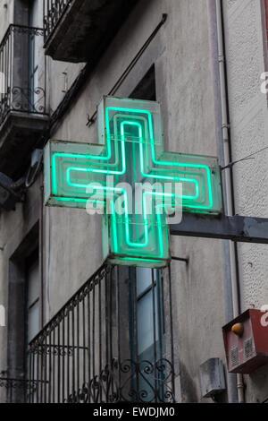 Pharmacie verte signe ou symbole drug store Banque D'Images