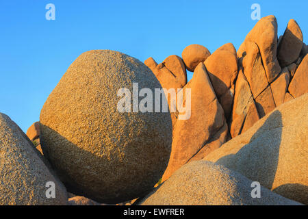 Les roches Jumbo dans Joshua Tree National Park, Californie, USA. Banque D'Images