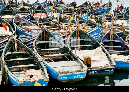 Agadir, des bateaux de pêche dans le vieux port. Maroc Banque D'Images