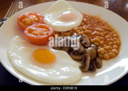 Le petit déjeuner anglais complet pour les végétariens Banque D'Images