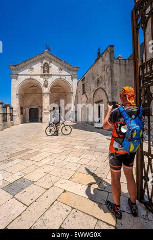 Gargano Pouilles Monte S. Angelo grotte basilique église Saint Michel Archange Banque D'Images
