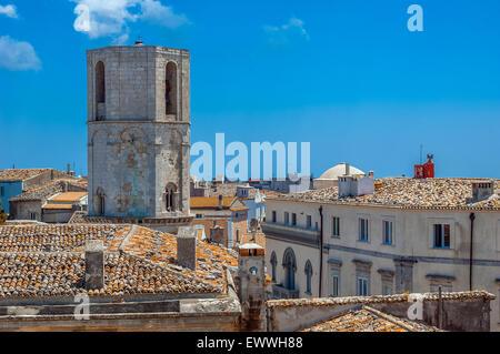 Gargano Pouilles Monte S. Angelo clocher de l'église rupestre de culte de l'Archange Saint-Michel Banque D'Images