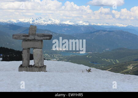 Montagnes du Canada et de l'arrière-plan de scène annonces idéal,sites web. inushuk Banque D'Images