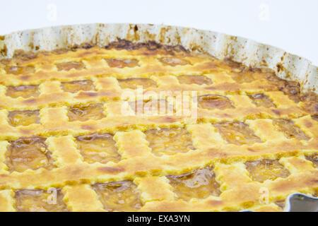 Détail d'un fruits tarte fraîchement cuit au four fait main Banque D'Images