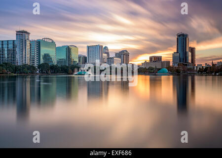 Orlando, Floride, USA skyline at Lake Eola. Banque D'Images