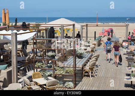 Le bar-restaurant de la plage des océans, Scheveningen, Hollande, Pays-Bas Banque D'Images