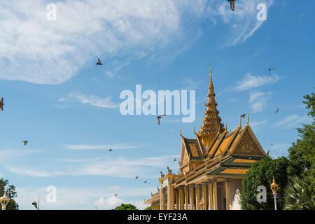 Chanchhaya Pavilion, également connu sous le nom de Moonlight Pavilion; Phnom Penh, Cambodge Banque D'Images