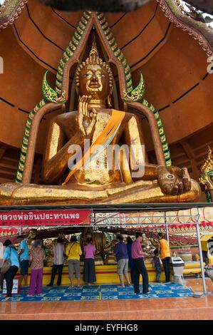 Wat Tham Seu, ou Big Buddha Temple, Kanchanaburi, Thaïlande Banque D'Images