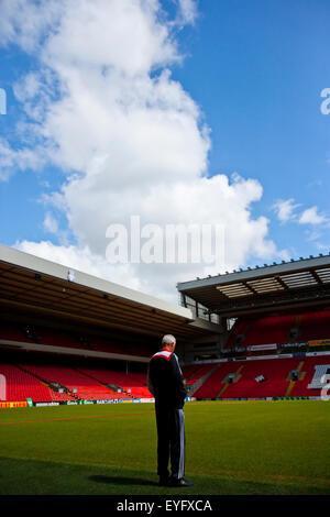 Intérieur d'Anfield Stadium, domicile du FC Liverpool. Liverpool, Royaume-Uni Banque D'Images
