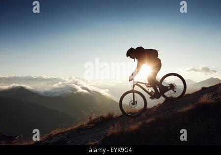 Vélo de montagne équitation, ski, Valais, Suisse Banque D'Images