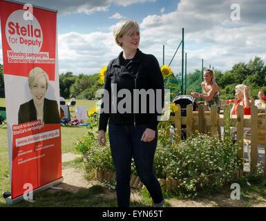 Crawley, West Sussex, UK. 1er août 2015. Stella Creasy MP pour Walthamstow, assiste à titre d'orateur invité à Crawley, Parti du travail en tant que candidat sur le Parti du Travail Sous-direction du parti. Credit: Prixpics/Alamy Live News