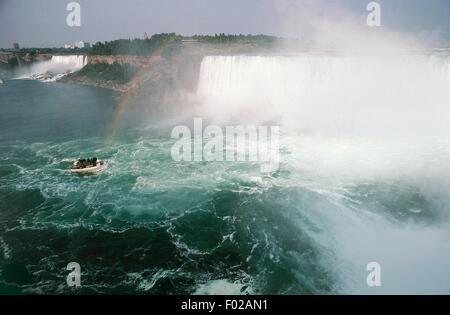 Horseshoe Falls, ou des chutes canadiennes, partie de Niagara Falls, Ontario, Canada. Banque D'Images