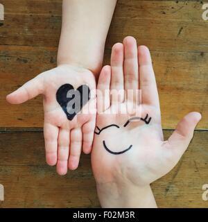 Amour et bonheur mains Banque D'Images