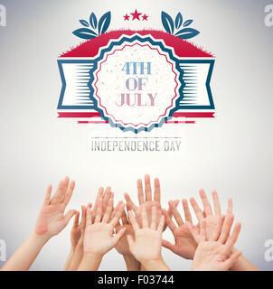 Image composite des gens qui élèvent les bras en l'air Banque D'Images