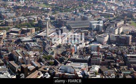 Vue aérienne du centre-ville de Liverpool avec le Radio City Tower & Lime Street Station, UK Banque D'Images