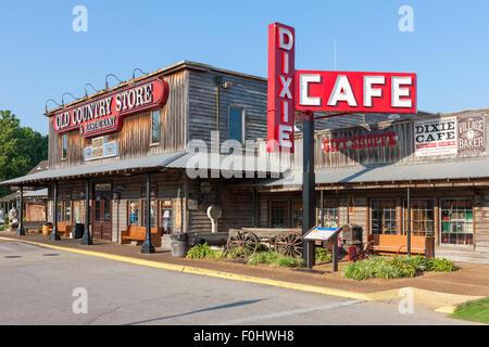 Brooks Shaw's Old Country Store dans la région de Casey Jones Village à Jackson, Tennessee.