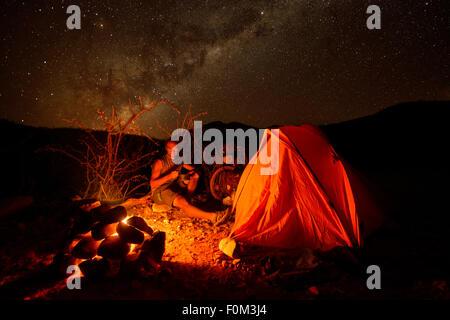 Camping dans la nature, la Namibie, l'Afrique Banque D'Images