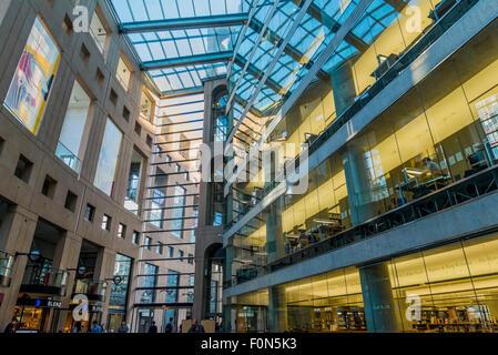 La branche principale de la Bibliothèque publique de Vancouver, Vancouver, Colombie-Britannique, Canada Banque D'Images