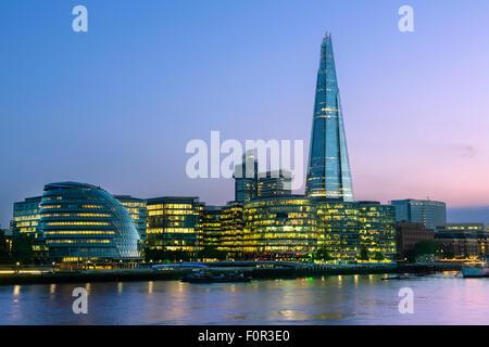 Londres, Shard London Bridge at Dusk Banque D'Images