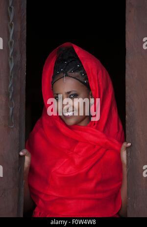 Portrait de jeune femme de l'Amhara, porte ouverte à l'Éthiopie, l'Afrique Banque D'Images