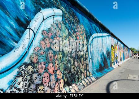 Le mur de Berlin East Side Gallery, Berlin, Allemagne Banque D'Images