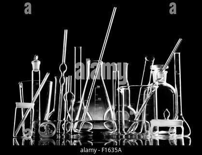 Laboratoire de l'objet groupe verrerie limpide, noir et blanc photo horizontale Banque D'Images