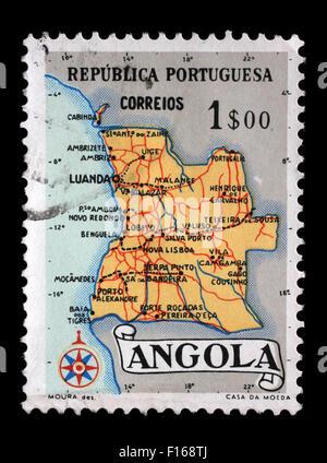 Timbres en Angola montre une carte de l'Angola, vers 1955 Banque D'Images