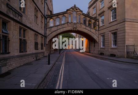 Le Pont des Soupirs à Oxford Banque D'Images