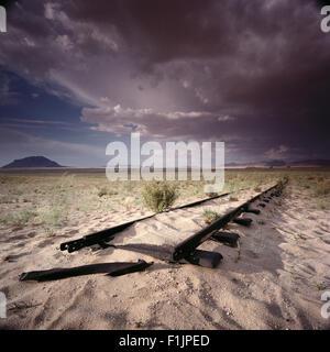 La voie de chemin de fer abandonnée Kaokoland, Namibie, Afrique Banque D'Images