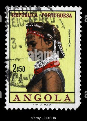 Timbres en l'Angola montre des autochtones, des femmes angolaises, vers 1961. Banque D'Images