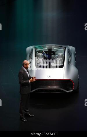 Francfort, Allemagne. 15 Sep, 2015. Daimler AG Dieter Zetsche, directeur général et chef de Mercedes-Benz Cars, Banque D'Images