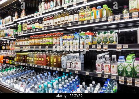 Floride Delray Beach Le marché du frais épicerie supermarché food shopping vente à l'intérieur des étagères d'affichage Banque D'Images