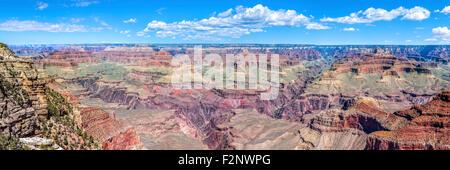 Photo panoramique du Parc National du Grand Canyon, South Rim, dans l'Arizona aux États-Unis. Banque D'Images