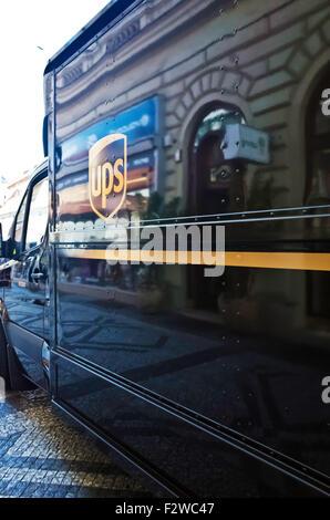 UPS mail delivery van Banque D'Images