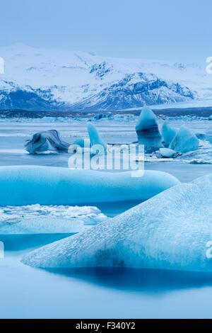 La glace dans le lagon à galcial, Islande Jökulsárlón