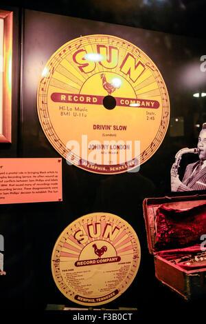Sun record label encadrés sur les murs du Soleil Studio museum à l'Union européenne 706 Ave, Memphis Tennessee, Banque D'Images